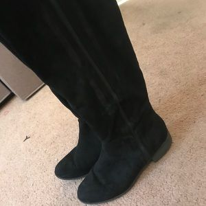 Women's knee boots size 9 1/2